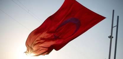 türkei: angreifer töten sieben mitglieder von kurdischer familie