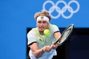 Olympia 2021: Starkes Comeback! Zverev schlägt Djokovic und spielt um Gold