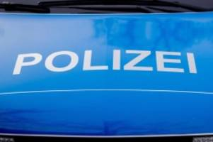 Verkehr: Rote Farbe kontra Blitzer-Anhänger in Hagenow