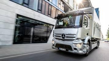 Autobaier: Daimler will nach Aufspaltung 35 Prozent an Truck-Geschäft halten