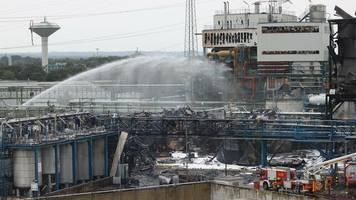 NRW-Landesumweltamt: Nach Explosion im Chempark Leverkusen: Keine Rückstände von Dioxin in Rußpartikeln festgestellt