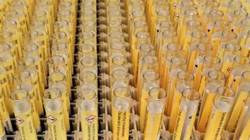 Pharmabranche: Laborkette Amedes geht an drei Infrastruktur-Investoren