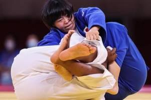 japans gold-judoka hamada stärkt sich mit straußenfleisch