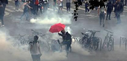 Impfpflicht und Gesundheitspass: Massenproteste in Frankreich
