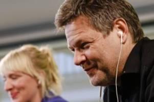 bundestag: nord-grüne mit habeck in bundestagswahlkampf gestartet