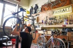 pandemie: lieferschwierigkeiten: fahrräder werden zur mangelware