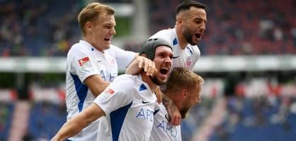 Hansa Rostock feiert ersten Sieg nach Wiederaufstieg - Heidenheimer Doppelschlag