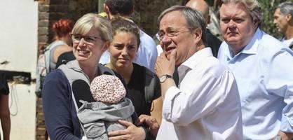 Flutkatastrophe – Bürger sehen in Laschet keinen guten Krisenmanager