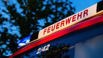 engel auf münchner bürgerzentrum absturzgefährdet