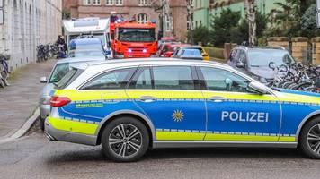 Karlsruhe: Drei Verletzte bei Zusammenstoß auf Kreuzung