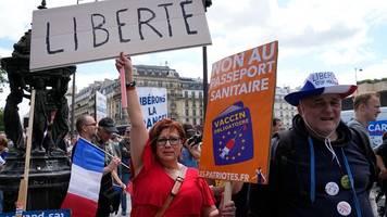 demonstrationen: neue großdemos gegen verschärfte corona-regeln in frankreich