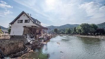 Hochwasserkatastrophe - Experten: Ausmaß der Belastung der Ahr nach Flut noch unklar