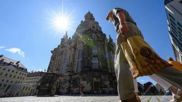 Corona-Regeln in Dresden: Maskenpflicht beim Einkaufen