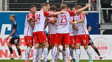 2. Liga: Auch Regensburg mit zweitem Sieg - Rostock schlägt Hannover