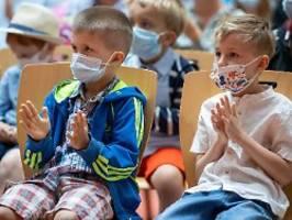 Immer noch im Pandemiemodus: Drei Bundesländer starten ins neue Schuljahr