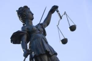 Demonstrationen: Oberverwaltungsgericht: Demoverbot in weiteren Fällen