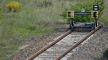 Verkehr: Immobilienverkauf bringt Bahn mehr als zwei Milliarden Euro ein