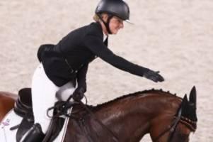 olympia 2021: krajewski erste olympiasiegerin im vielseitigkeitsreiten