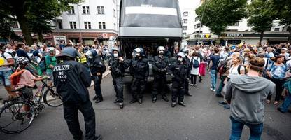 »Querdenker«-Bewegung: SPD drängt auf verschärfte Beobachtung durch Verfassungsschutz