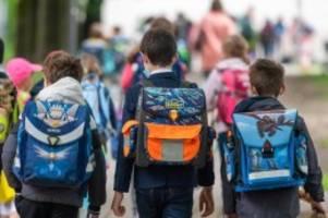 Corona-Pandemie: Masken und Tests: Schule beginnt in den ersten Bundesländern