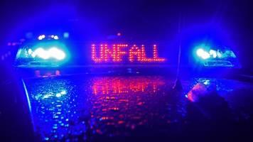 Wohnmobil auf A3 umgekippt: 18-Jähriger schwer verletzt