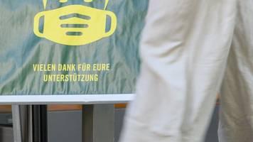 Wieder Maske auf beim Einkaufen in Leipzig ab Dienstag