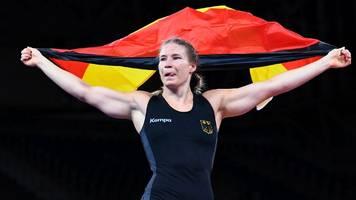 Olympia 2021: Sensation im Ringen! Aline Rotter-Focken holt Gold