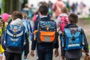 Masken und Tests: Schule beginnt in den ersten Bundesländern