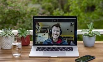 wenn der bildschirm klirrt: apples macbook pro mit mysteriösem fehler