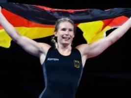 Olympia: Aline Rotter-Focken gewinnt Gold im Ringen