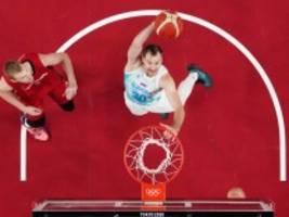 Deutsche Basketballer bei Olympia: Überrollt vom Oktopus