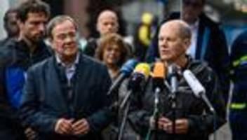 Flutkatastrophe: Olaf Scholz und Armin Laschet besuchen Stolberg