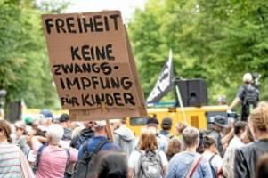Proteste: Nach Demo in Berlin: Polizei kritisiert Querdenker-Eltern