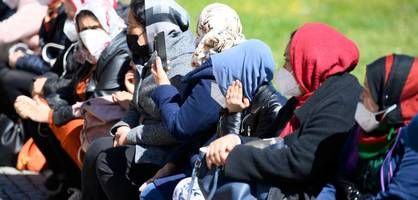 Migrationssteuerung und Integration – Das haben die Parteien vor