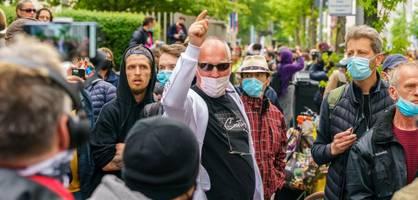 """""""Werden Gewalt erleben"""" – Antisemitismusbeauftragter warnt vor Corona-Leugnern"""