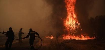 Waldbrände: Lage in Griechenland und Türkei spitzt sich zu