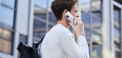 Kleiner als ein iPhone, aber kaum Abstriche – das kann das neue Asus-Smartphone
