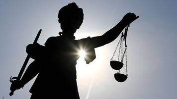 Ehefrau mit Messer getötet: Urteil erwartet