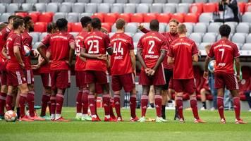 FC Bayern München - Gute Bande beisammen: Auftritt der Bayern-Stars mit Zverev