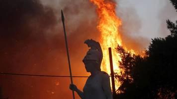Kampf gegen Waldbrände: Lage in Griechenland und Türkei spitzt sich zu