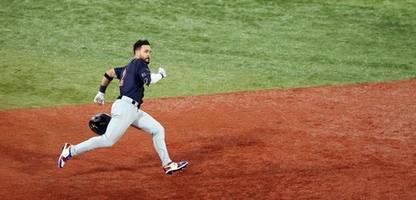 Olympia 2021: Baseball-Spieler Eddy Alvarez - der Sommer-Winter-Mann