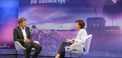 """baerbock als kanzlerkandidatin – """"frauenkarte"""" war laut habeck mitentscheidend"""