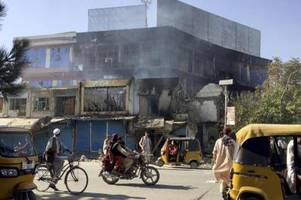 claudia roth fordert stopp für abschiebungen nach afghanistan