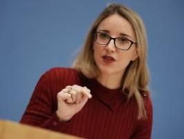 Buyx zu Corona-Beschlüssen: Ethikrat-Chefin: Keine Impfpflicht durch die Hintertür