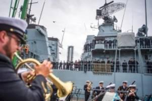 verteidigung: fregatte schleswig-holstein zu nato-mission ausgelaufen