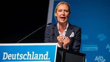 Bundestagswahl   Umfrage: Fast jeder Zweite sieht AfD langfristig im Bundestag