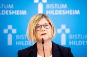 Bistum Hildesheim: Missbrauchsstudie: Kirche schützte Täter statt Kinder