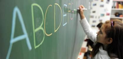 Grundschüler sollen durch Pilotprojekt flüssiger schreiben lernen