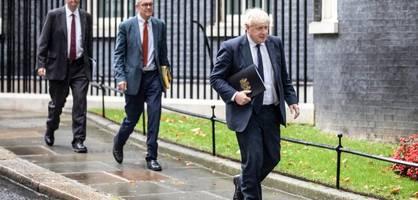 """So sieht Boris Johnsons """"Fahrplan für den Winter"""" aus"""