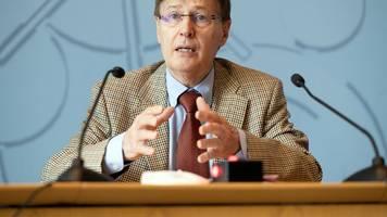 nach Flutkatastrophe: Justizminister für Pflichtversicherung